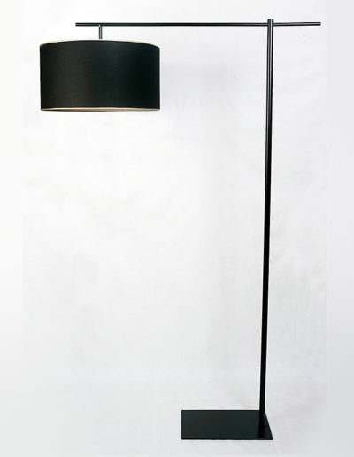 Lámpara Kika con colita negra