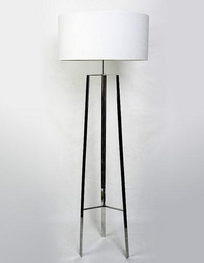Lámpara atril 3 patas cromo