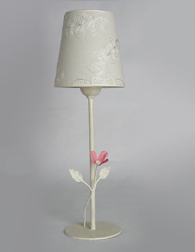 Lámpara flor de lata decapada