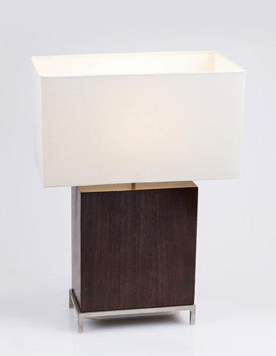Lámpara caja madera con patas