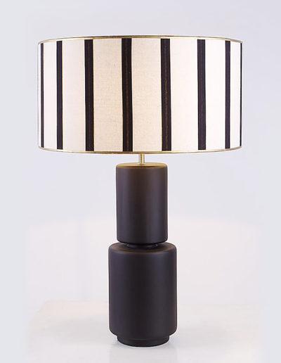 Lámpara cilindros negra
